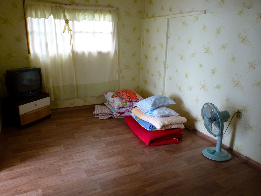 Simple minbak room in Ulleungdo